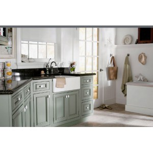 Brighton bath, Omega Cabinetry