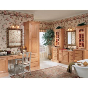 Harvest Arch Maple bath by Wellborn