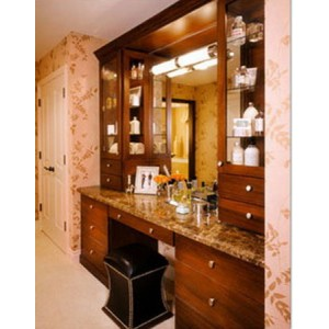 Traditional bath, CWP Cabinetry