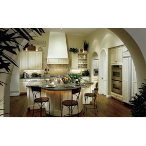 Cape Cod Solid kitchen by Canyon Creek
