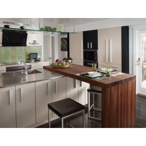 Classic Simplicity kitchen, Wood-Mode