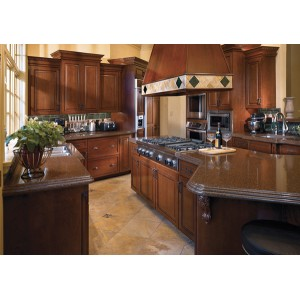 Intricate Hood and Island kitchen, Mouser