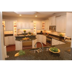 Spring kitchen, Apple Valley Woodworks
