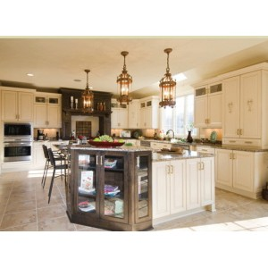 Extravagant kitchen by Crystal