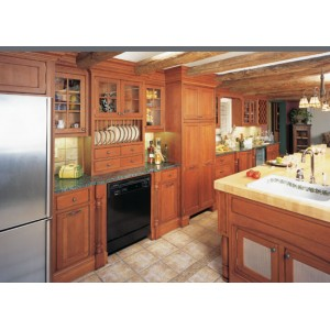 Montego Square kitchen, Omega Cabinetry