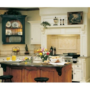 Southern Plantation kitchen by Quality Custom Cabinetry