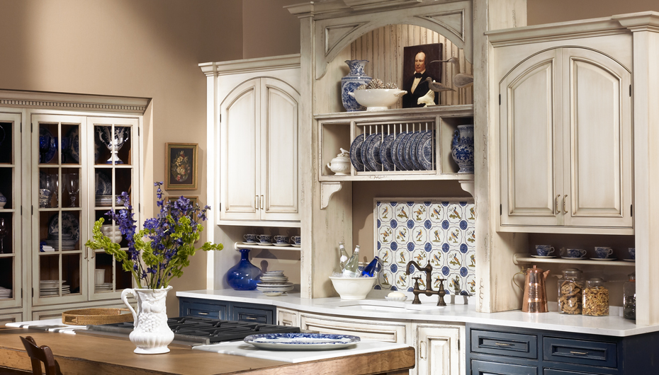 Town Country Traditionally Classic Kitchen