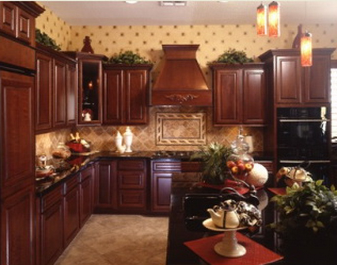 Beautiful Trenton Kitchen, OakCraft. Trenton