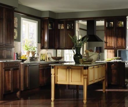 decora kitchens and baths manufacturer