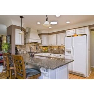 Glamour kitchen, Jim Bishop Cabinets