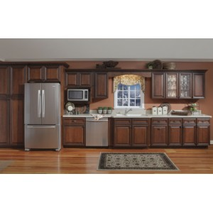 Williamsburg Deluxe kitchen, Kountry Wood Products