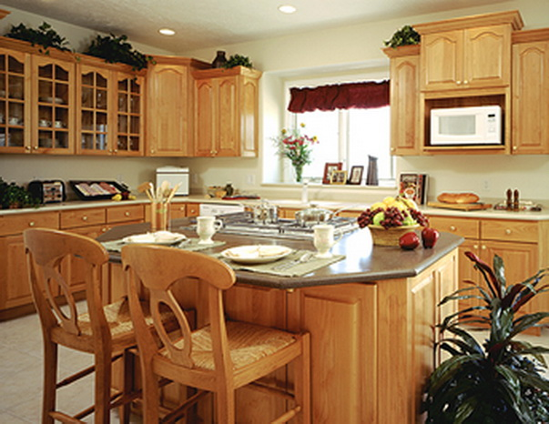 Cathedral kitchen cabinets best free home design for Cathedral style kitchen cabinets