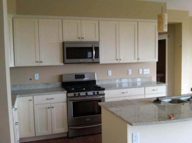 Attirant Idyll Kitchen, 6 Square Cabinets