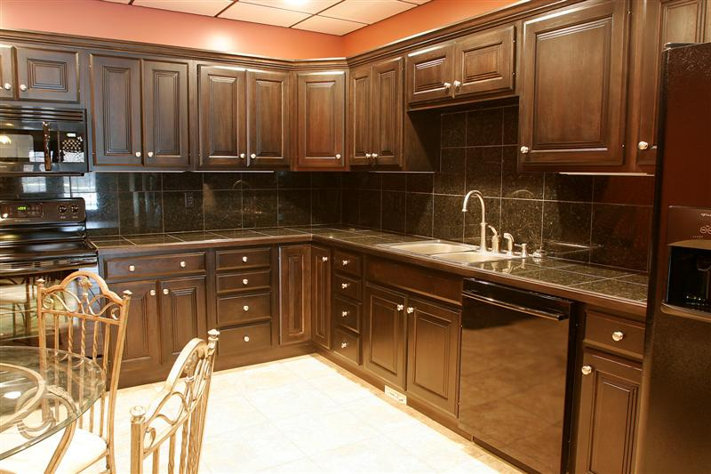 Kitchen jewels usa kitchens and baths manufacturer