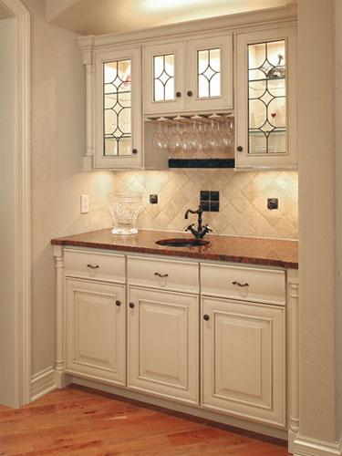 Retro Kitchen, Ovation Cabinetry. Retro