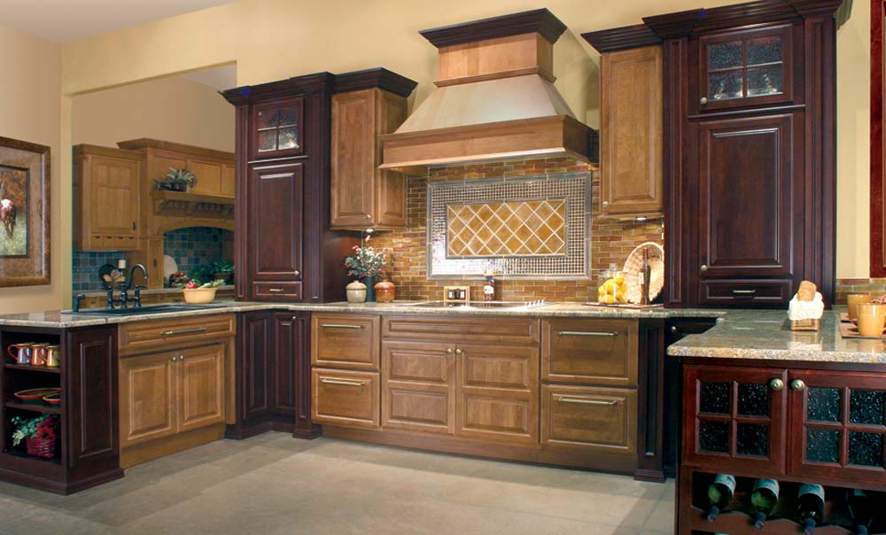 Huntwood | USA | Kitchens and Baths manufacturer